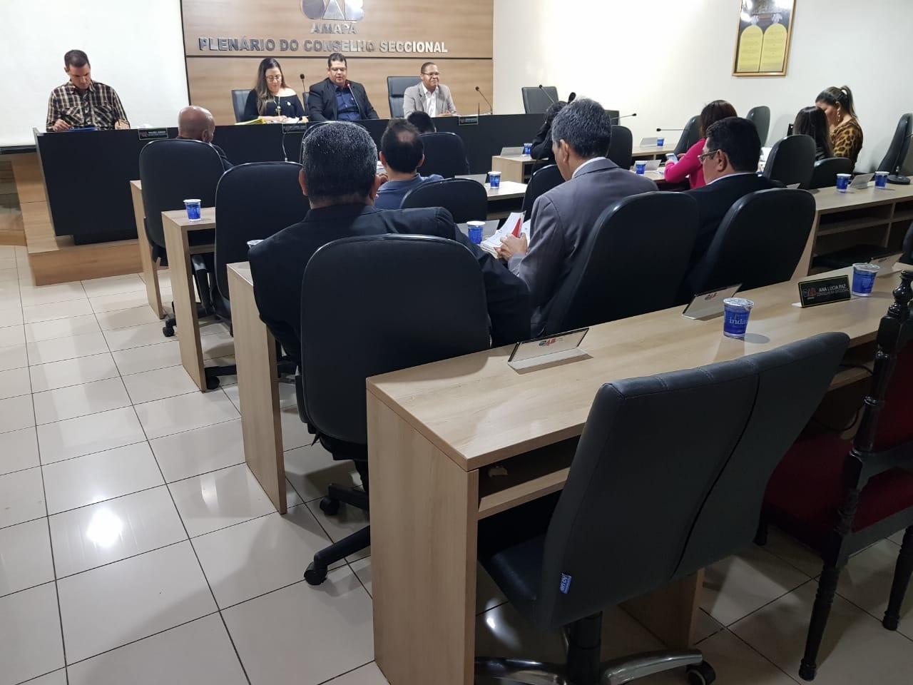 OAB/AP realiza Sessão Extraordinária do Conselho Seccional para fazer balanço dos semestre de gestão